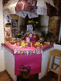 uniframes-altar